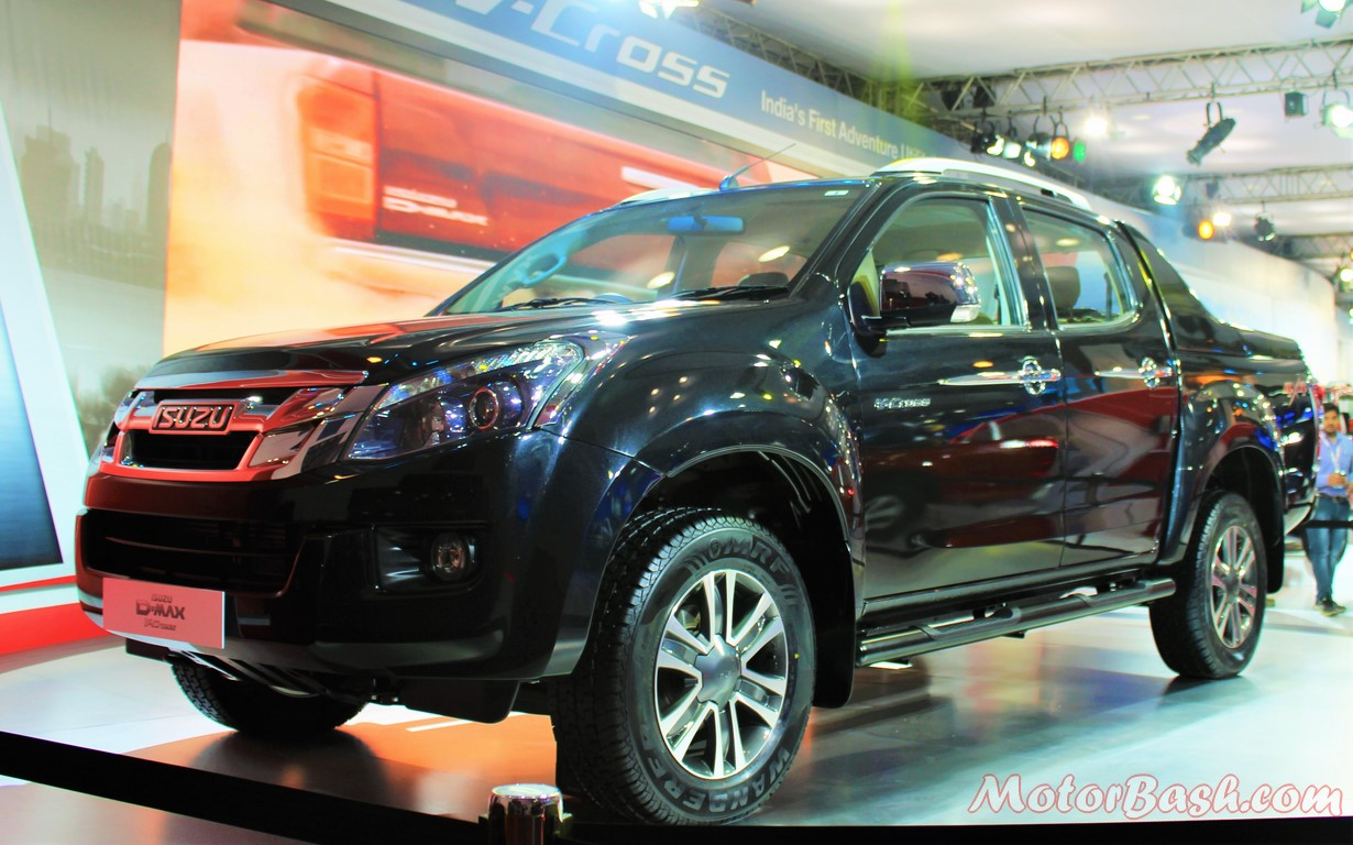 Isuzu D-Max V-Cross Pick-up Black side