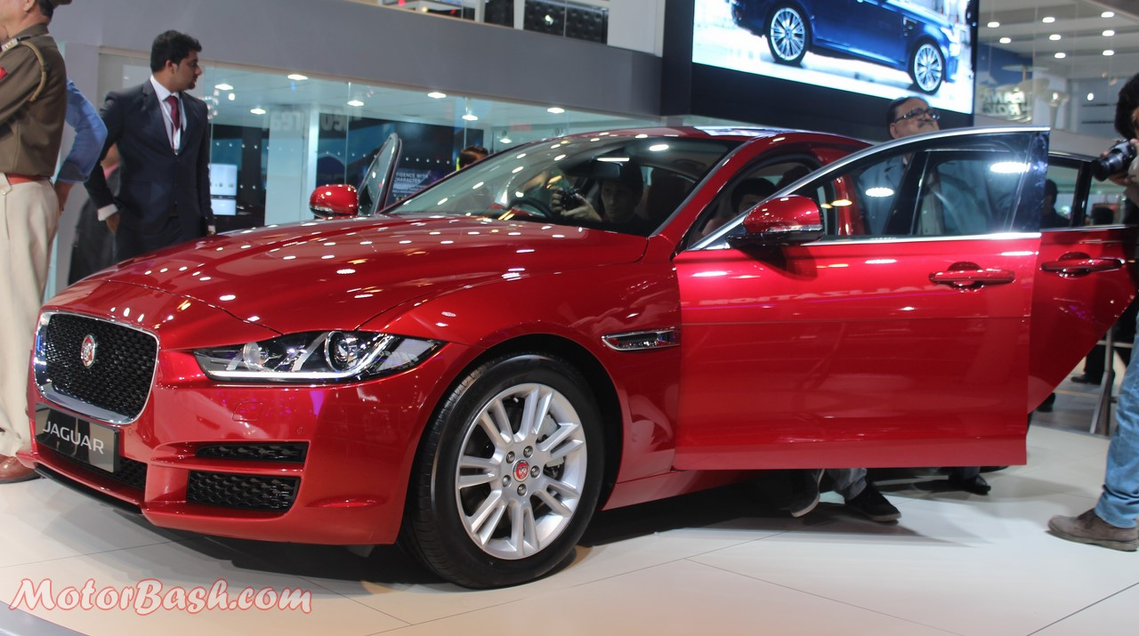 Jaguar XE India Launch Pics Red Auto Expo 2016 (3)