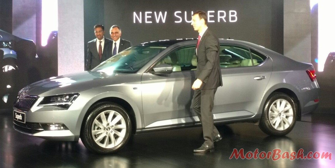 New 2016 Skoda Superb Pic India (3)