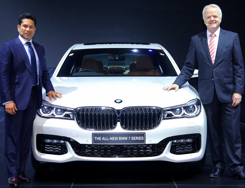 New BMW 7-Series White Pic