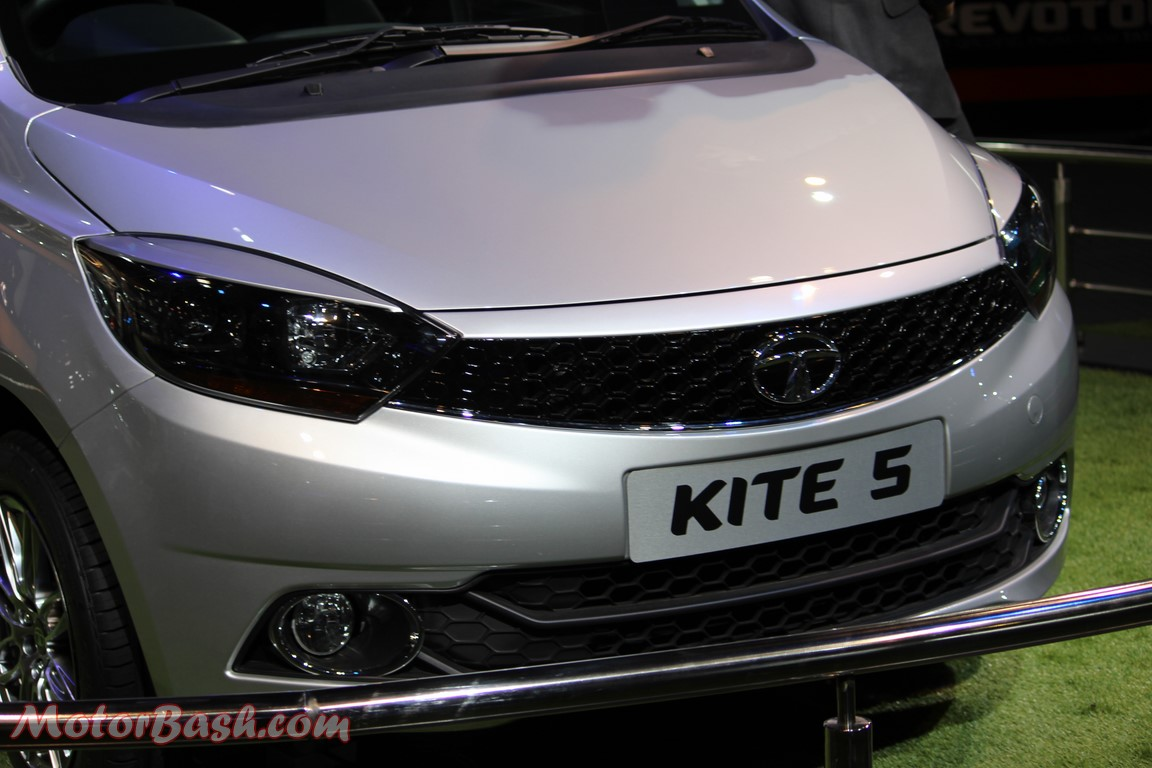 Tigor launch compact sedan pics