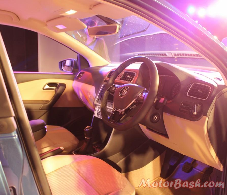 Volkswagen-Ameo-Compact-Sedan-dash-interior