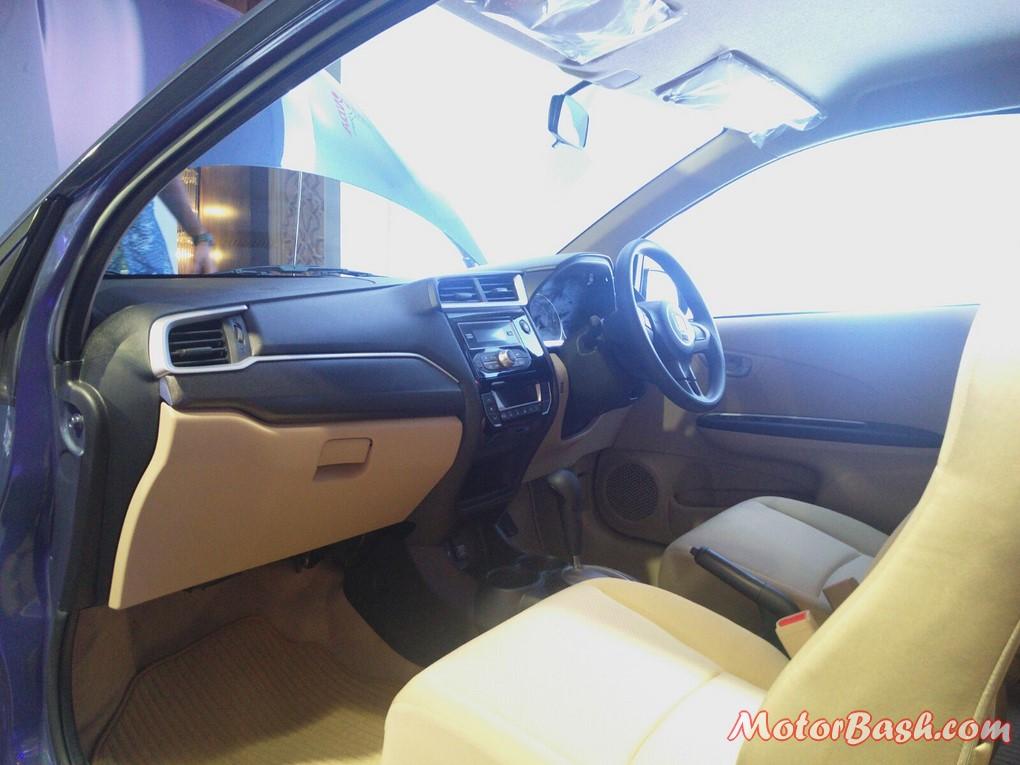 New 2016 Honda Amaze Facelift Interiors