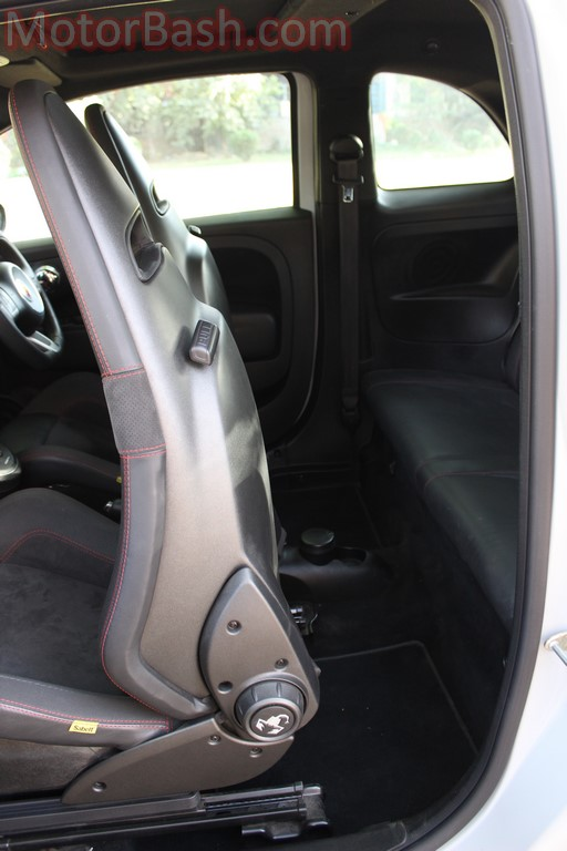 Abarth 595 rear seats