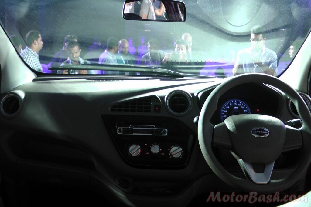 Datsun redi-Go dashboard