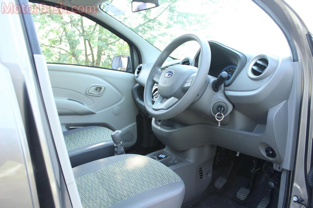 Datsun Redigo dashboard