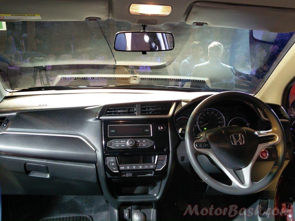 Honda BR-V dashboard 2