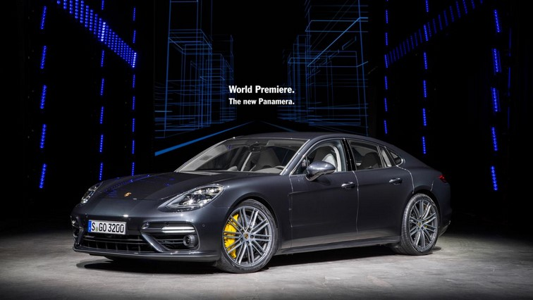Porsche Panamera front three quarter 1