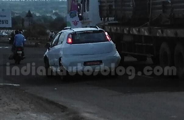 Fiat Avventura Urban Cross rear