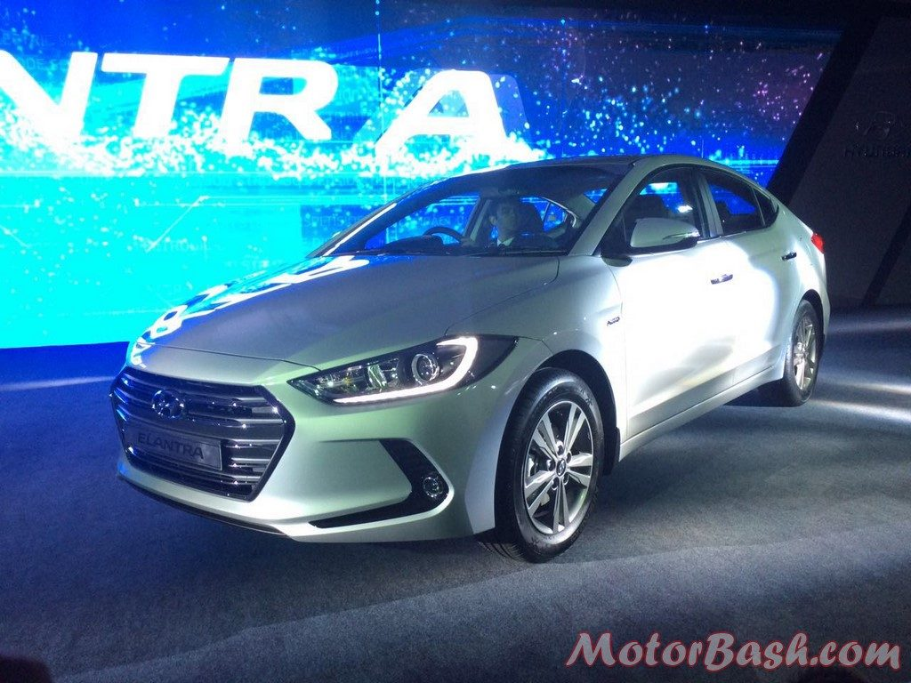 Hyundai Elantra front