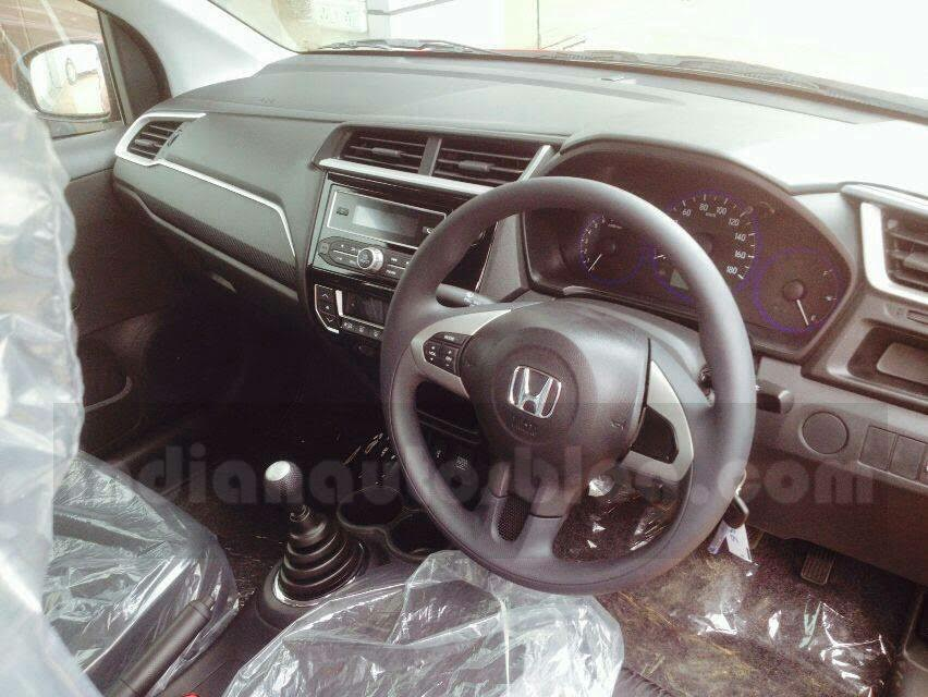 Honda Brio facelift interiors