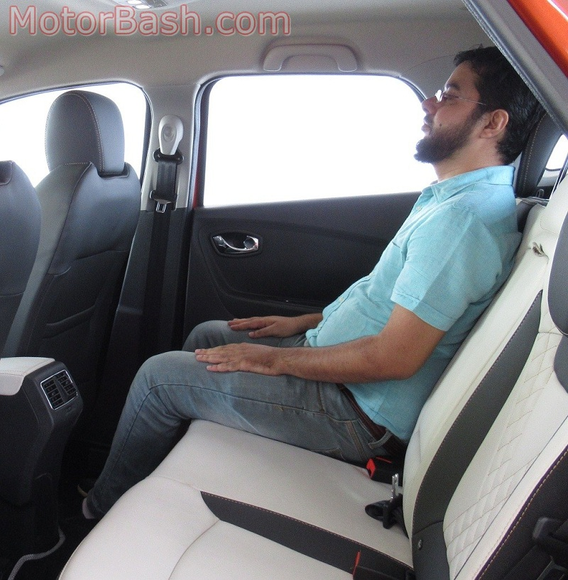 Captur kneeroom maximum