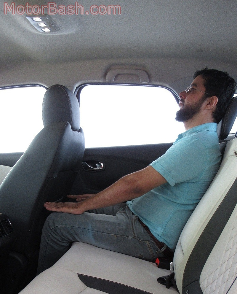 Captur legroom kneeroom headroom