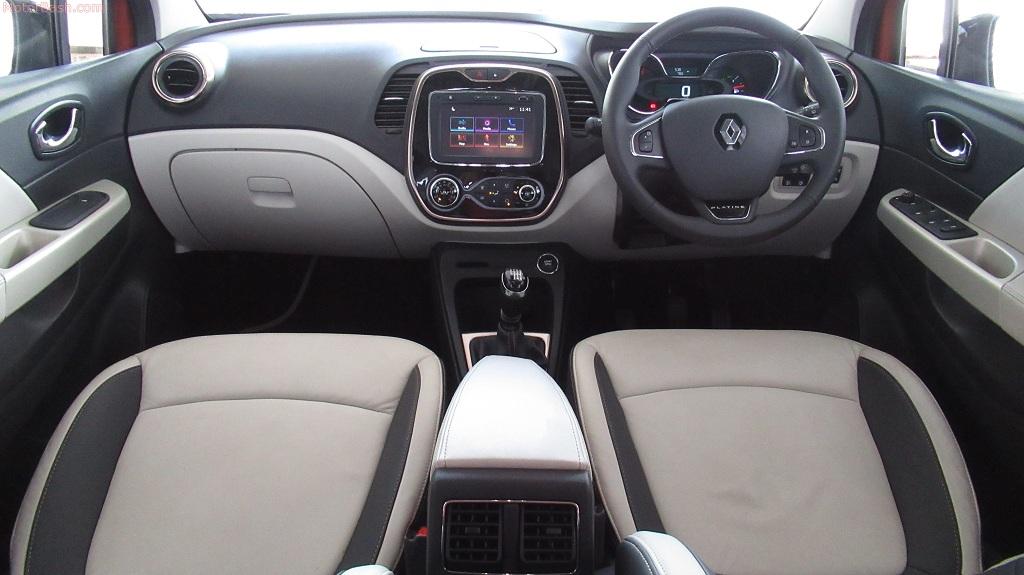 Renault Captur interiors