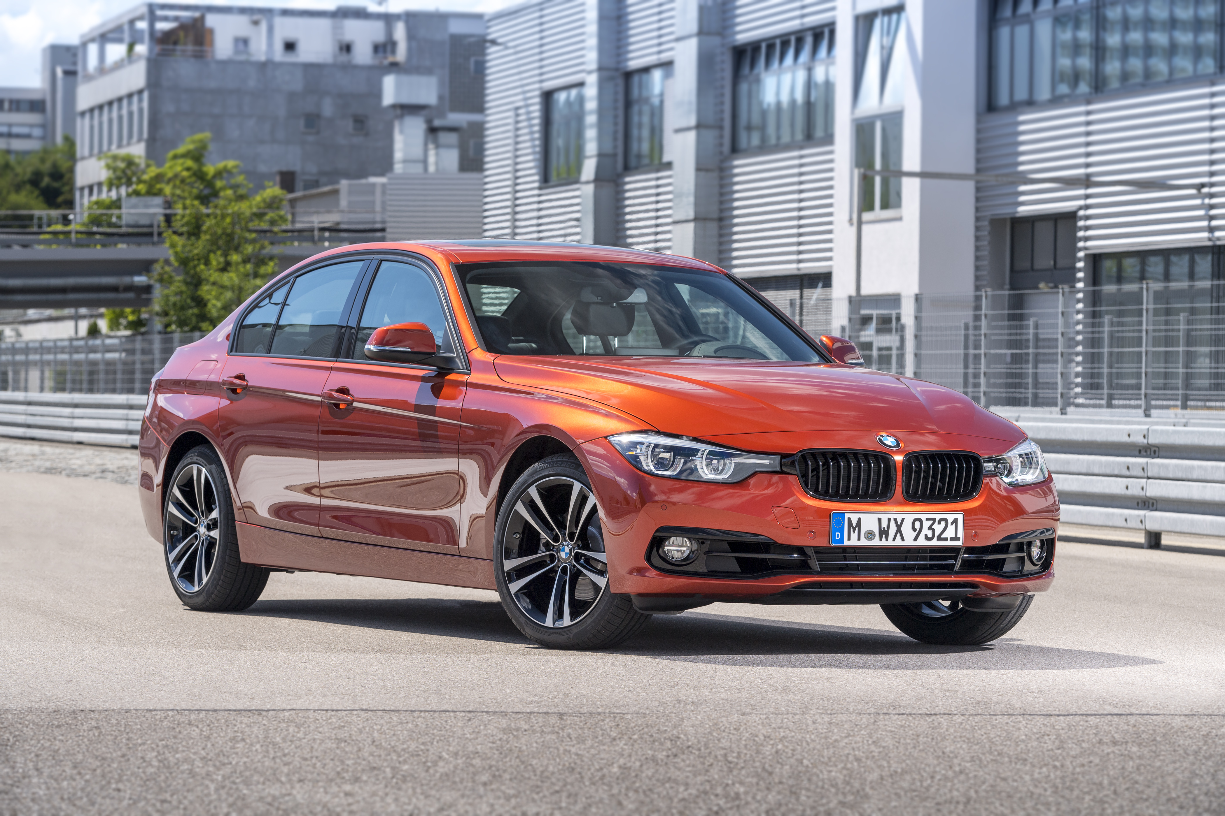 Bmw 3 Series Shadow Edition Launched In Two Variants Motorbash Com